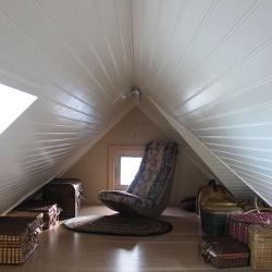 storage-loft-medium