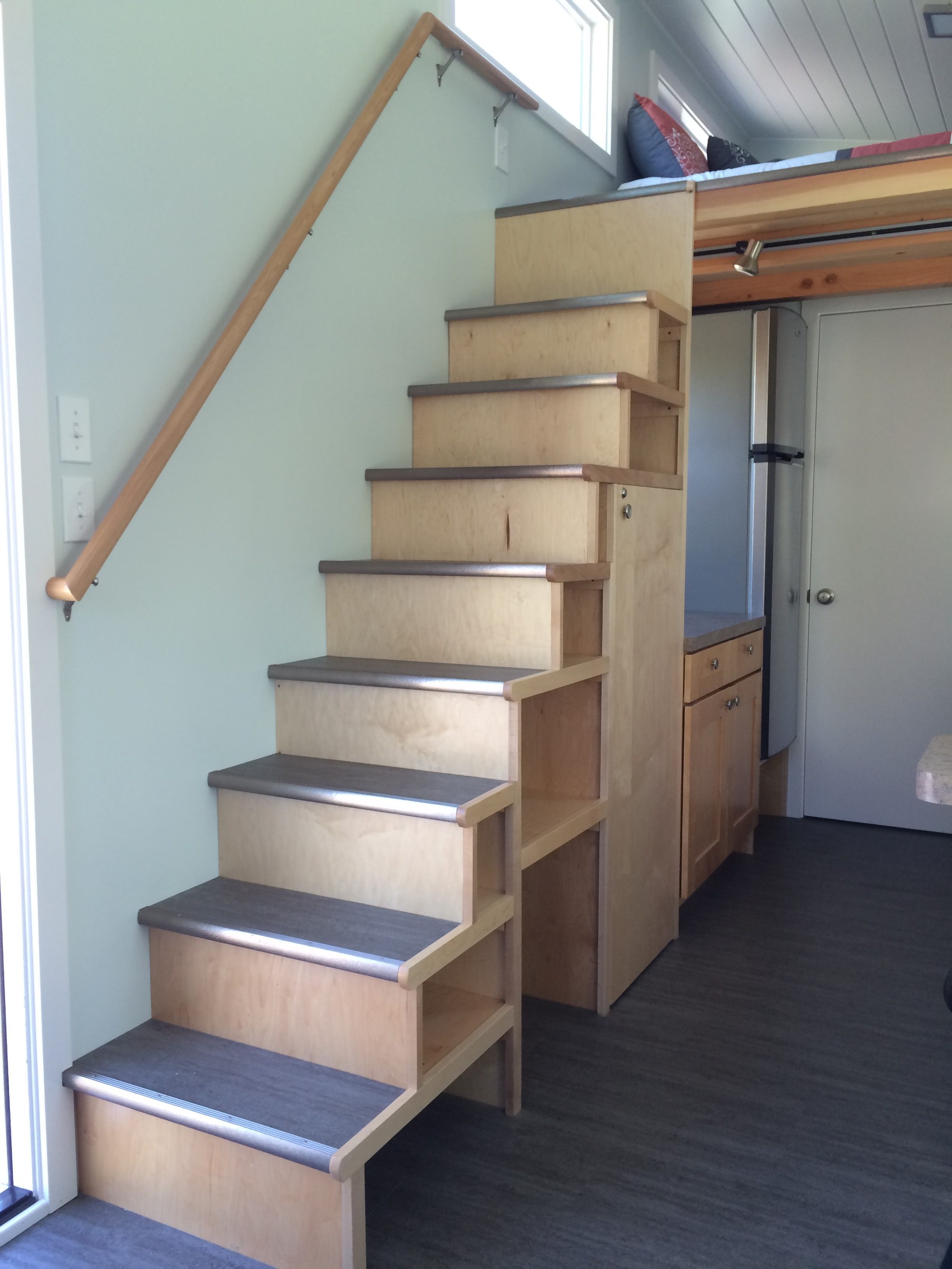 tiny house steps
