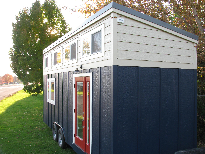Alki tiny house