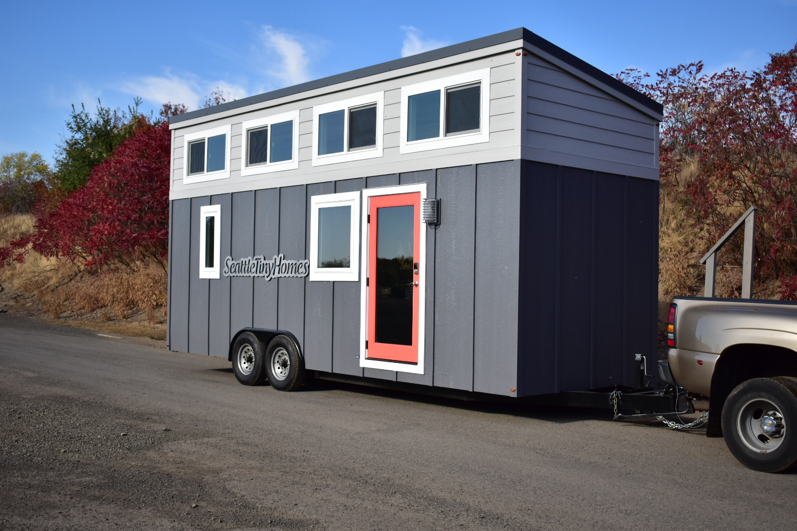 buy now seattle tiny homes. Black Bedroom Furniture Sets. Home Design Ideas